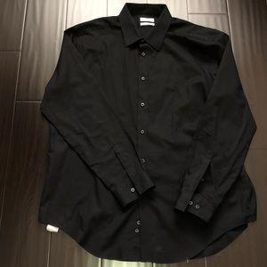 Calvin Klein Mens slim fit dress shirt all black